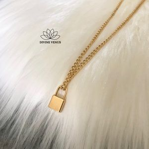 DIVINE VENUS Jewelry - Lock Necklace 🔒 Gold Plated Stainless Steel